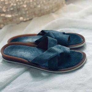 A. Giannetti Women's Toe Sandals Blue Suede Sz 8M